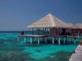 Luxurious Private Jet Flights and Extraordinary Accommodations in the Maldives